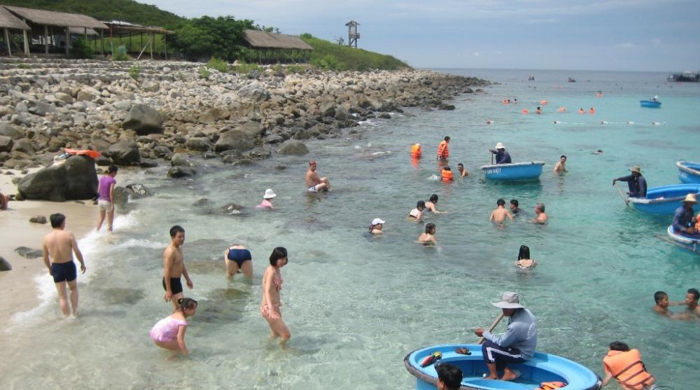 bãi biển Hòn Mun Nha Trang